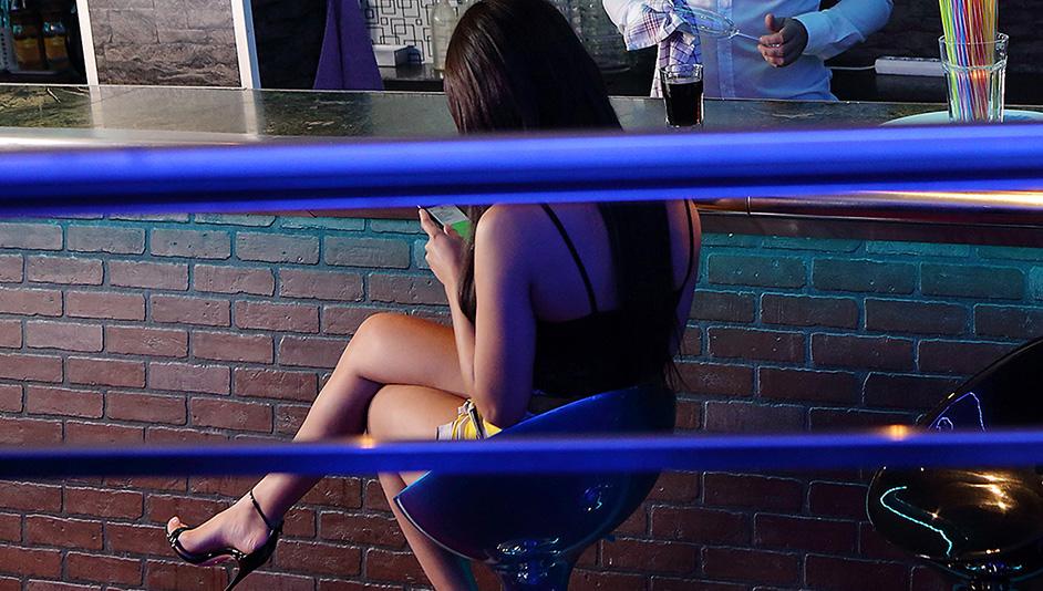 Sexy girl cheats